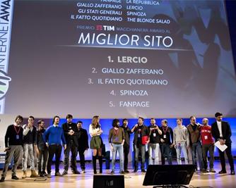 Assegnati i Macchianera Internet Awards ai migliori siti e influencer  italiani della rete 9d6c9899c7b